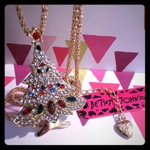 Betsey Johnson Jeweled Christmas Tree Necklace ⛄️